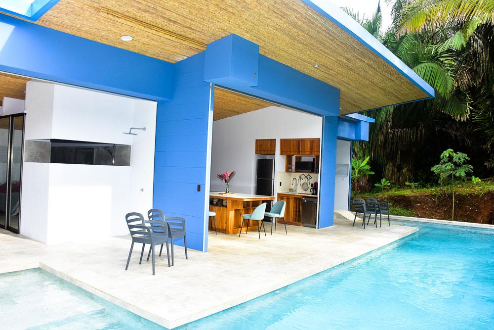 blue-house-7